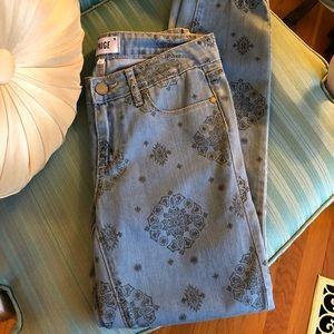 NWT Paige Jeans All-Over Boho Print 27 Waist